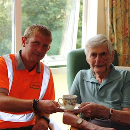 Waste and recycling hero hailed for emergency help to elderly resident image