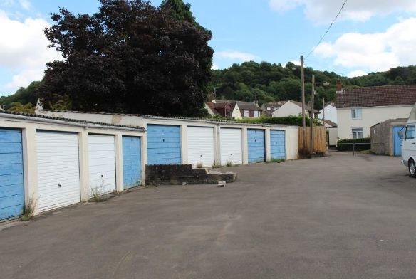 garage-site-at-mount-pleasant-wotton-under-edge
