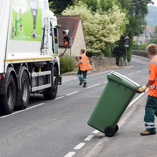 Government asks Council for advice on chart-topping recycling rates image